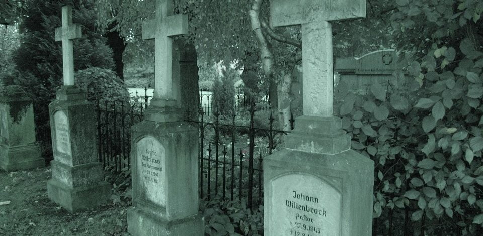 Dos personas en la historia que se sepultaron vivas